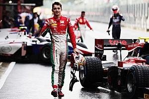 Формула 1 Новость Sauber посадит Леклера за руль на четырех пятничных тренировках