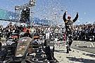 Hinchcliffe regresa al triunfo en Long Beach