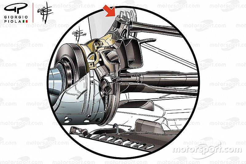 Animazione Mercedes: c'è il bracket anche sulla sospensione posteriore