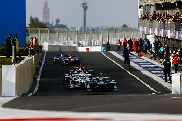 Após controvérsia, FIA esclarece regras de pit stop da F-E