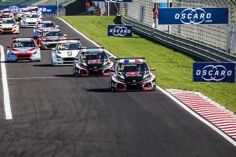 WTCR в Угорщині: Ерлаше та Гер'єрі принесли дубль Honda у першій гонці