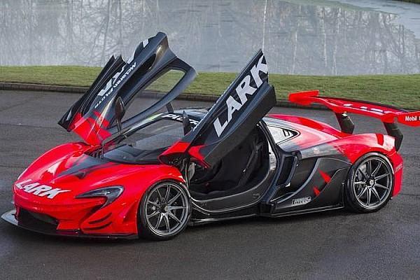 Autó BRÉKING Eladó az egyik legfeltűnőbb közutakra legalizált McLaren P1 GTR