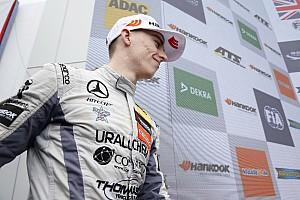 Євро Ф3 Репортаж з гонки Євро Ф3 на Нюрбургринзі: Х'юз виграв другу гонку під пресингом Норріса