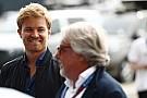 Megható családi felvételsorozattal állt elő Nico Rosberg