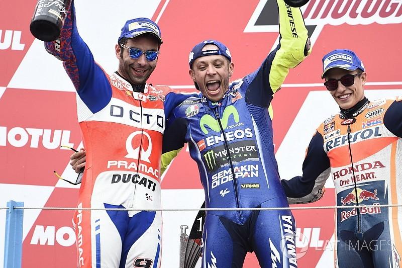 Marquez: Rossi deneyimli ama Vinales kadar hızlı değil