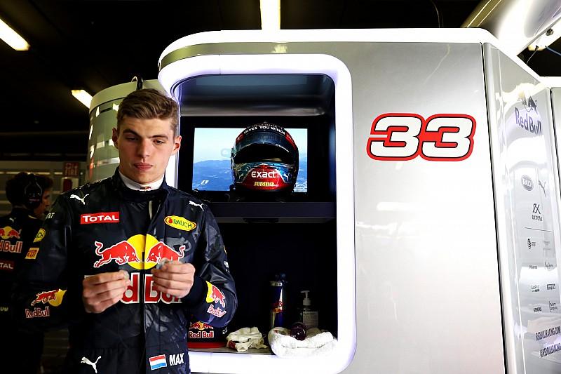 В Mercedes не заинтересованы в Ферстаппене, заявил Вольф