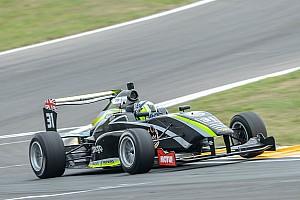Другие Формулы Отчет о гонке Норрис снова победил в TRS