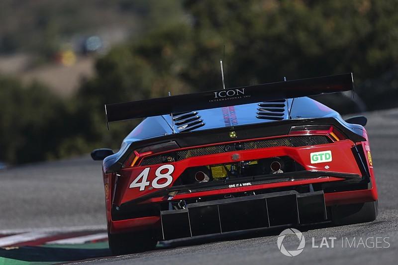 Őrületes bukás a Lamborghinivel a versenyen: frontális becsapódás (videó)