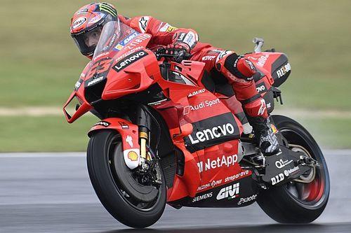 Tes MotoGP Misano: Sempat Terjatuh, Bagnaia Tercepat pada Hari Pertama