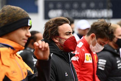 """Webber: """"Sihirbaz Alonso, 2022'de tehlikeli olabilir"""""""