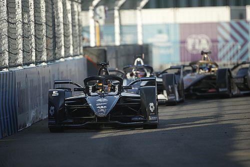 فورمولا إي: فاندورن يتقدّم ثنائيّة مرسيدس في السباق الختاميّ