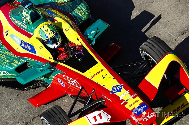 Ди Грасси вышел в лидеры Формулы Е перед финальной гонкой
