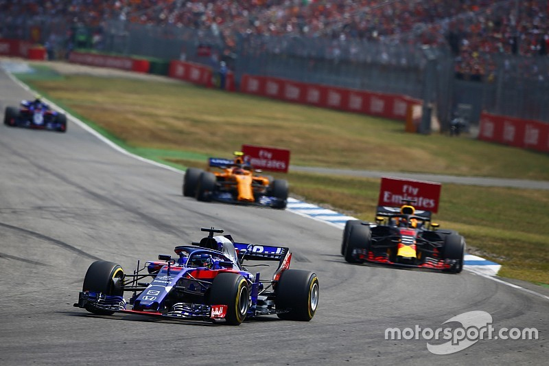 Las mejoras de Honda se verán mermadas por su deber con Red Bull, dice Renault
