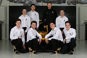F1 Noticias de última hora Renault quiere poner los pilotos de su academia en equipos cliente