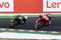 """Bagnaia: """"Cuando voy detrás de Rossi, ya no pienso en mi ídolo"""""""