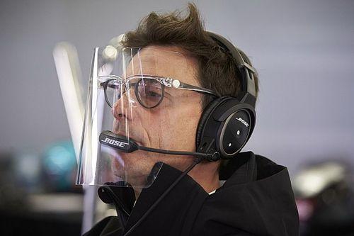Вольф пошел в словесную атаку на босса Ferrari