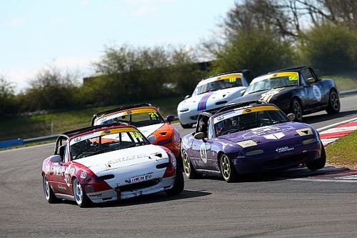 Organisers report strong interest as English racing season begins