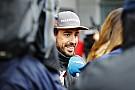 Fernando Alonso juega a ser adivino en redes sociales