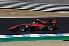GP3 Nirei Fukuzumi domina Gara 1 a Jerez, Russell precede Aitken