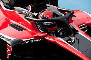 In beeld: Formule 2-coureurs maken kennis met halo tijdens test Magny-Cours