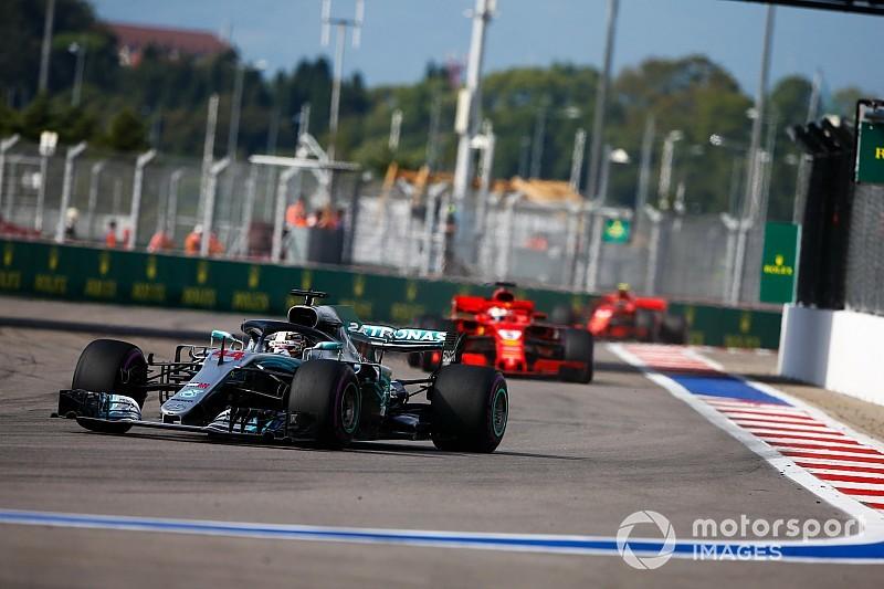 Hamilton dice que Mercedes venció a Ferrari en la guerra psicológica