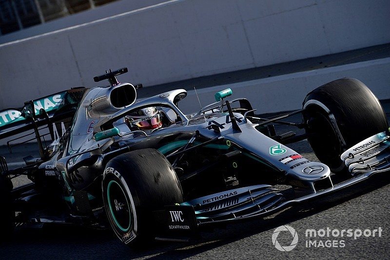 """Hamilton boosted by """"one of the most positive days"""" for Mercedes"""