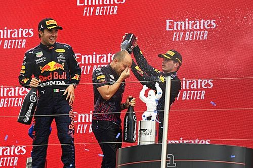 """Német sajtó: """"Perez segítette győzelemre Verstappent"""""""
