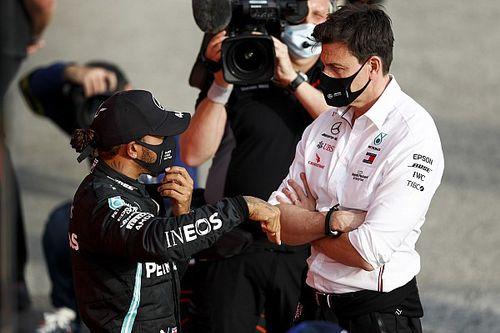 Wolff szerint megfér két alfahím a Mercedes csárdájában