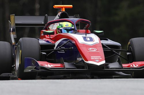 Сын Ральфа Шумахера одержал первую победу в Формуле 3