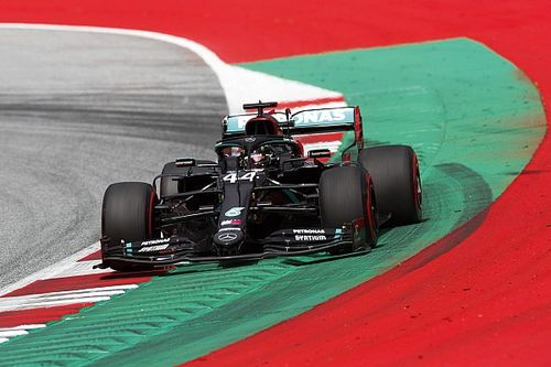 Nuevo 1-2 de Mercedes en la 3° práctica, con Pérez cuarto
