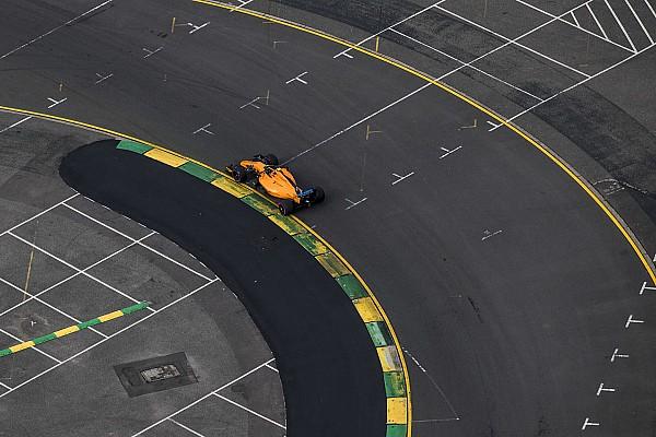 Forma-1 Motorsport.com hírek Ilyen, amikor egy profi F1-es pilóta játszik a Forma-1 hivatalos játékával