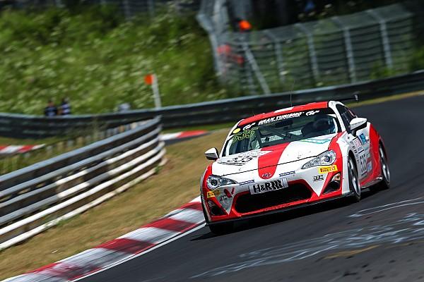 VLN Rennbericht VLN: Podium für Schmidt, Sieg für Toyota Swiss Racing