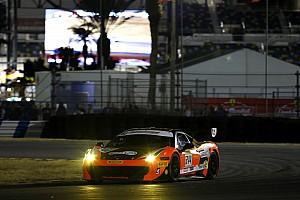 Ferrari Важливі новини Світовий фінал Ferrari: Кауффман у драматичній боротьбі бере Трофей Pirelli