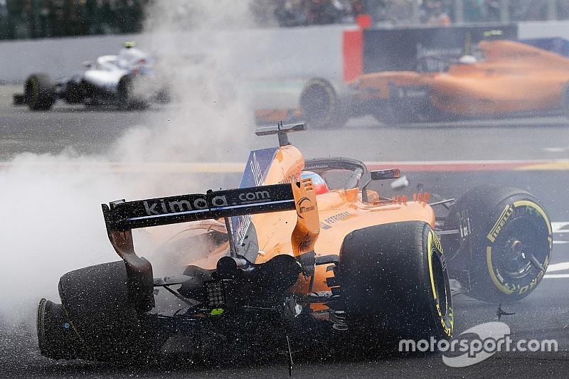 Alonso considera que Hulkenberg falló en la frenada