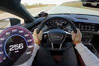 Első ízben nézhetjük meg, mit tud az Audi RS E-Tron GT, ha igazán nekilódul