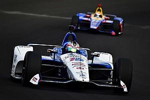 IndyCar Testverslag Indy 500: Rahal topt dag 3, Hildebrand in de muur