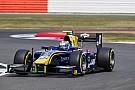 FIA F2 Latifi sobrevive a Safety Car no fim e vence primeira na F2