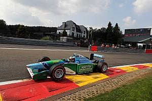 Formule 1 Diaporama Photos - Mick Schumacher au volant de la Benetton de son père