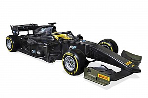 FIA F2 Nieuws Formule 2 presenteert 2018-wagen met halo