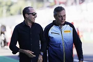 Briatore szerint Rosberg keményen dolgozik Kubica visszatérésén
