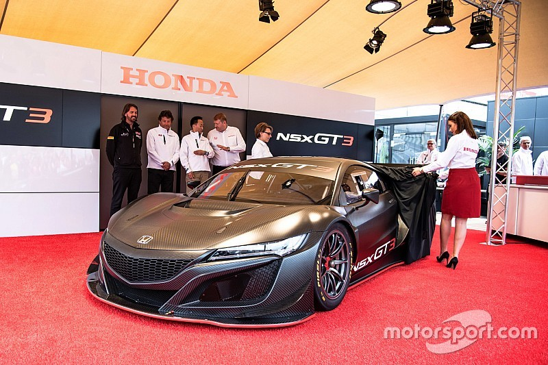 honda nsx gt3 to be made available to customers. Black Bedroom Furniture Sets. Home Design Ideas