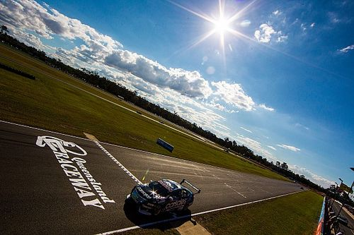 Supercars signs 10-year Queensland Raceway agreement