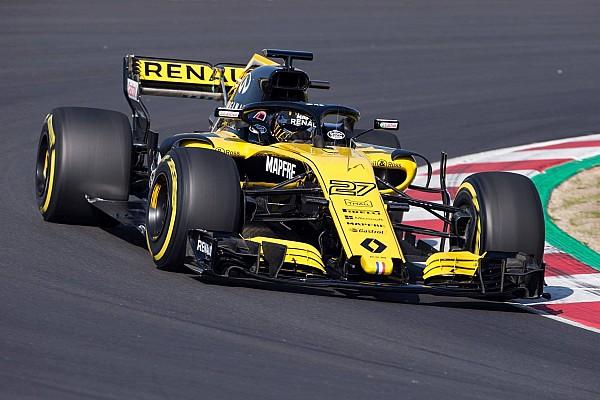 Renault: la R.S.18 gira a Barcellona per il filming day