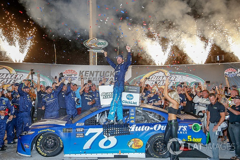 Martin Truex Jr. cruises to repeat victory at Kentucky Speedway