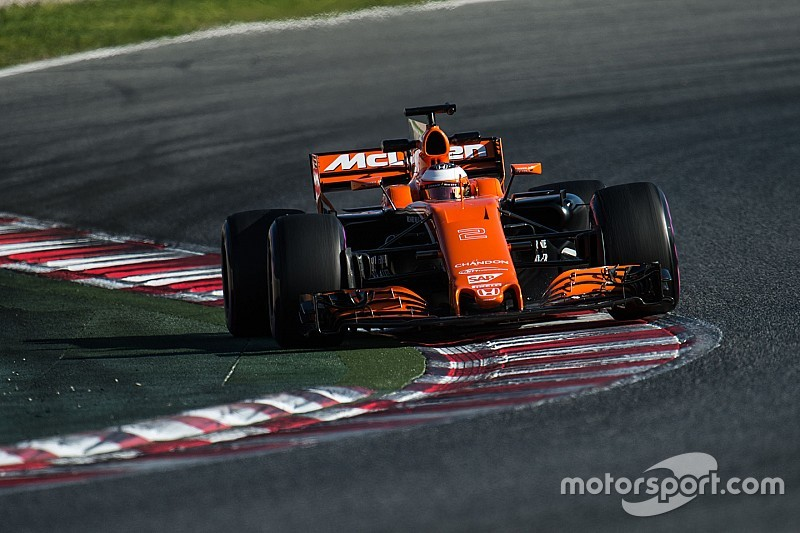 """McLaren says F1 car handling issues are """"fake news"""""""