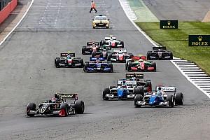 Формула V8 3.5 Новость В Формуле V8 3.5 связали нехватку участников с проблемой перехода в Ф1