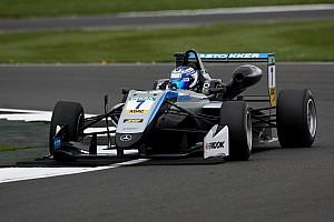 Євро Ф3 Репортаж з кваліфікації Євро Ф3 на Норісринзі: Арон виграв другу кваліфікацію