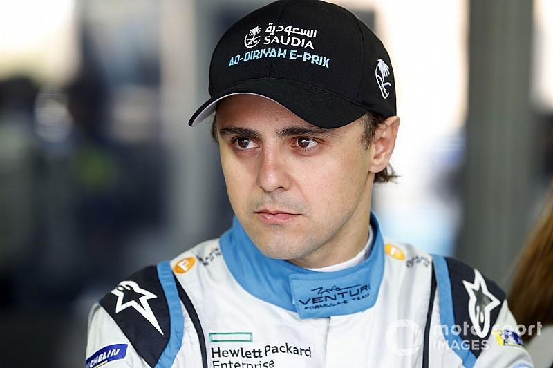 Felipe Massa penalizzato per due infrazioni legate al Fanboost