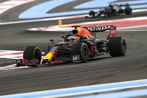 French GP: Verstappen passes Hamilton to win after start error
