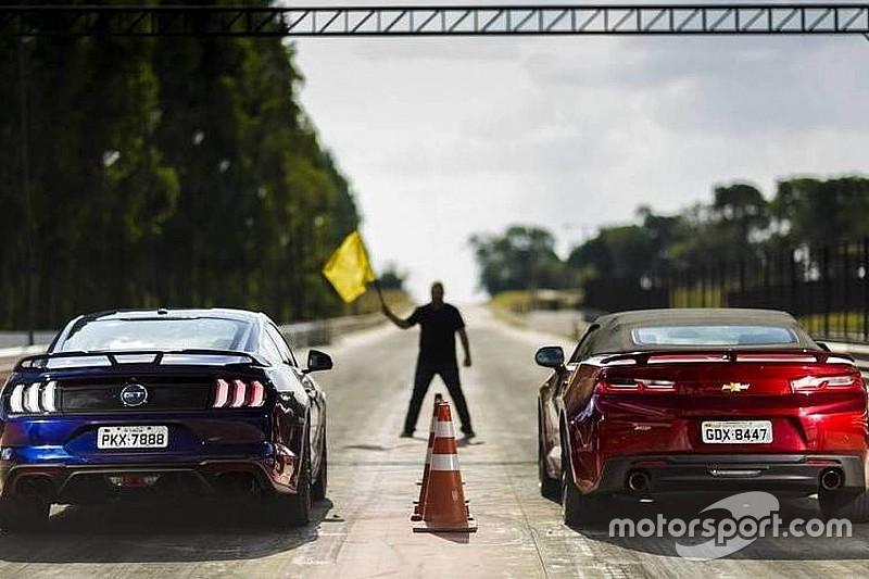 Resultado de imagem para Comparativo Ford Mustang GT x Chevrolet Camaro SS - Por 0,3 segundo!